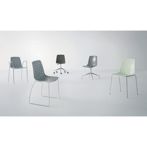 Πλαστική καρέκλα  με έδρα πολύχρωμο techno πολυμερές με σκελετό χρωμίου